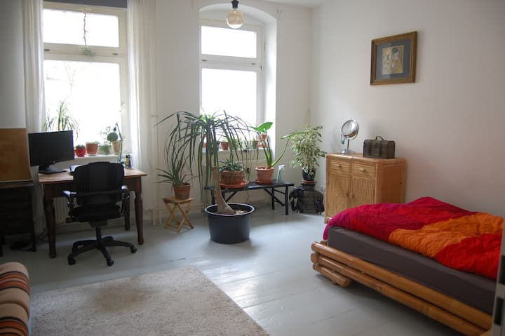 Friedrichshain Finest/bright & top located, 24qm²