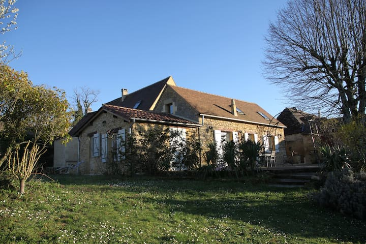Ancienne grange en pierre de pays - Dordogne - Labouquerie