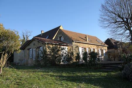 Ancienne grange en pierre de pays - Dordogne - Labouquerie - Huis