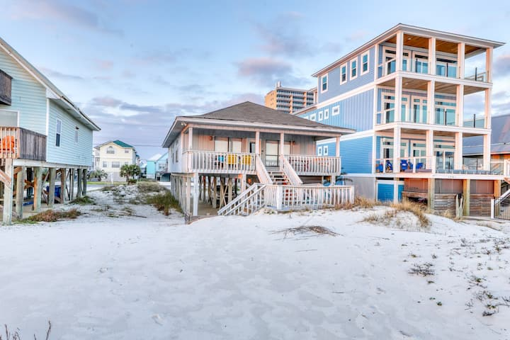 New listing! Spacious, beachfront vacation home w/ a covered deck & beach access
