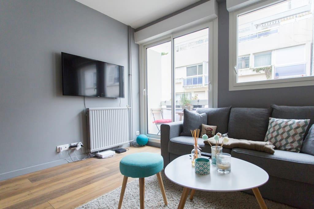 Petit nid d 39 amour avec balcon appartements louer - Nid rouge lincroyable appartement paris ...
