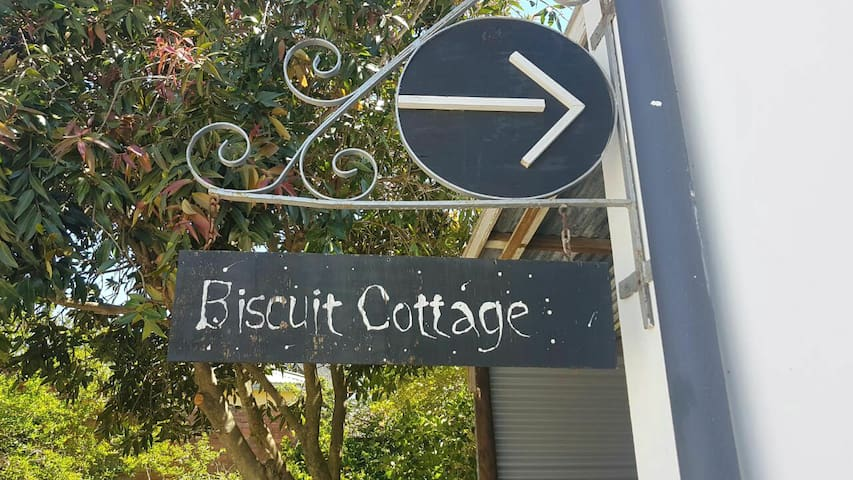 The Biscuit Cottage