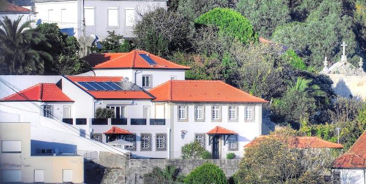 River&Seaview House Casa do Gólgota