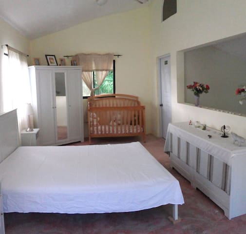 Country home in the hills of Samana - Samana - Huis