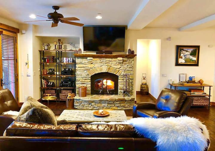 5 Star Luxury Condo at The Lodges