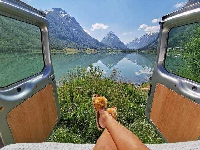 Ford Transit Campervan til Norgesferien