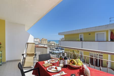 Sea-View Apartment in Alba Adriatica with Private Terrace
