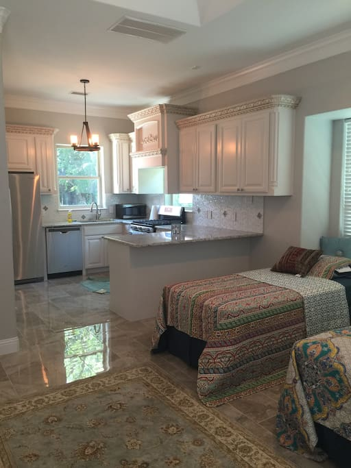 Large Kitchen with brand new appliances.
