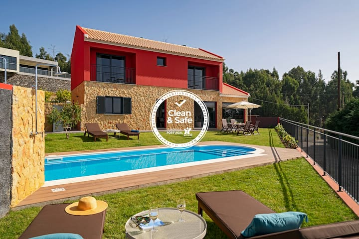 For families with sea view and heated pool - Felicidade Rocha I