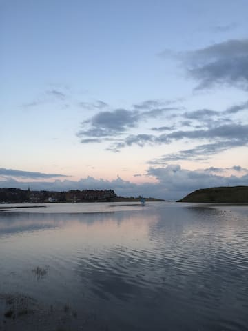 Luxury Cottage With Stunning Waterside Location - Alnmouth - Xalet