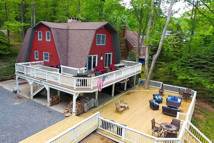 Lakefront Home w/Private Dock, Hot Tub, Wood Fireplace, & Corn Hole!