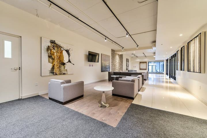 Long term luxurious furnished condo rental