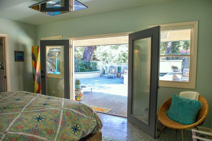 Bedroom 1 Pool View