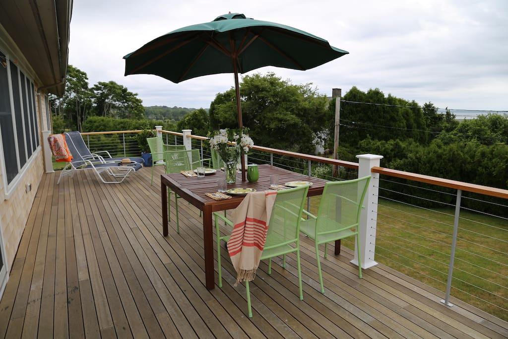 Full length mahogany deck
