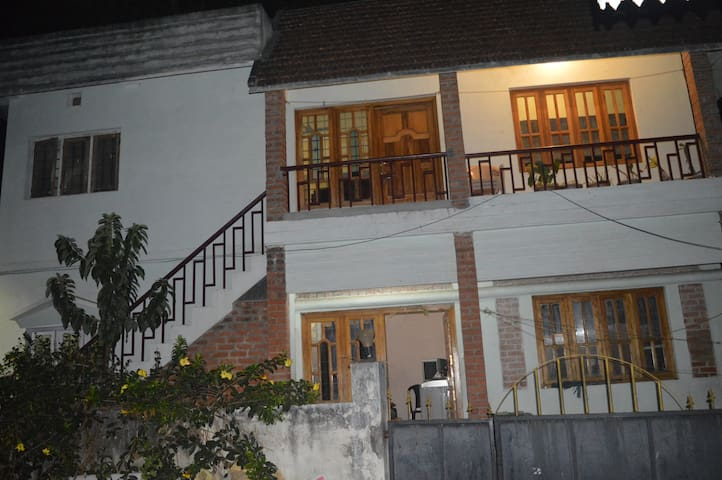 HillspringHome Guest House, Gudalur Town Sleeps 4+