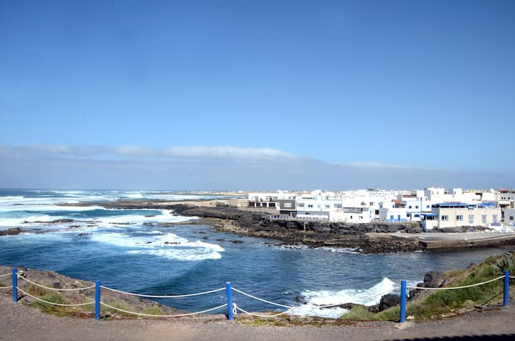 Beautiful apartment near the beach in El Cotillo