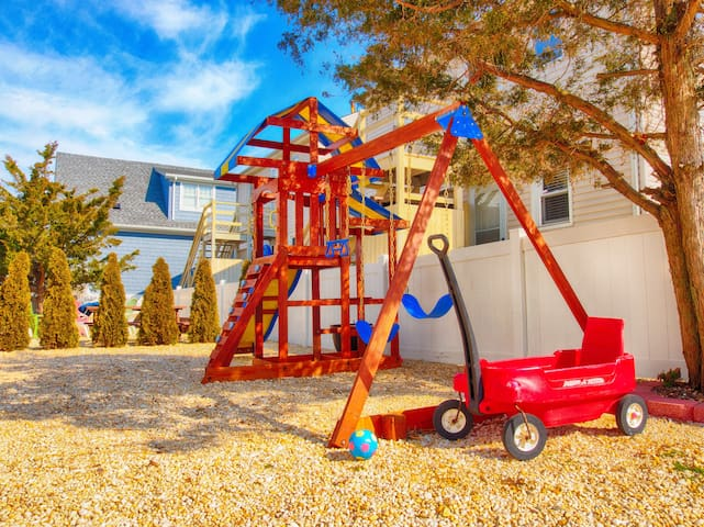 Play set in the yard for our guests' children to enjoy