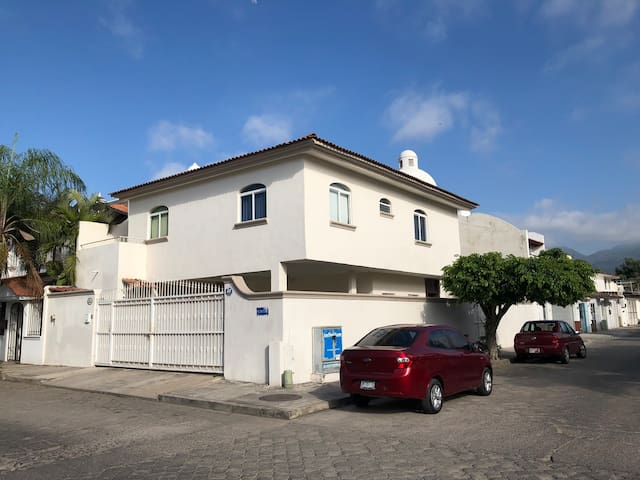 House in the heart of Vallarta, close to the beach