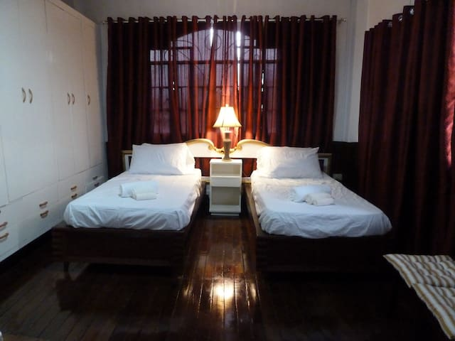 Kama'aina Inn 2 beds in Ali'i Room - Legazpi City - Huis