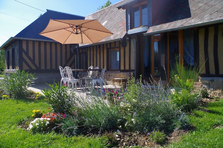 NDILA COTTAGE, Private pool, near Honfleur - Fatouville-Grestain - Hus
