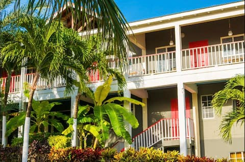 Willowby Heights Condo's, Antigua Room #7