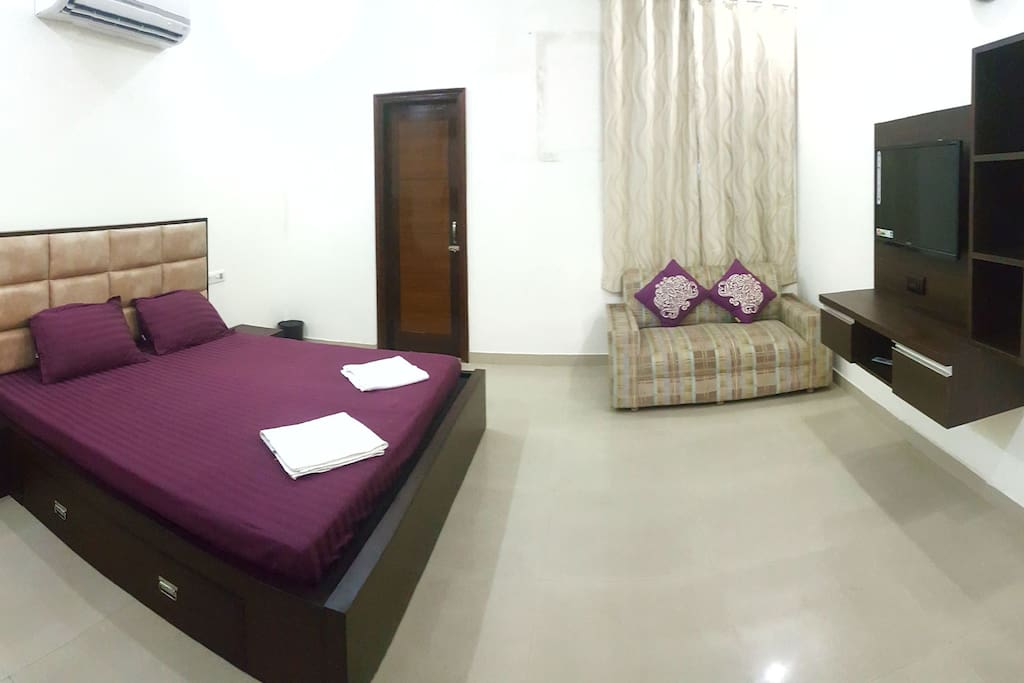 Bedroom 1 with ensuite and all facilities. AC / LCD / DTH