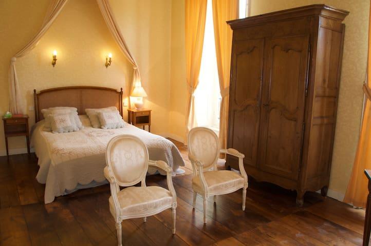Château de la Foltière Chambre Pissaro