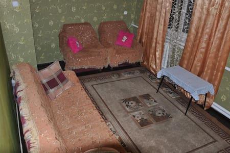 2-х комнатная квартира для отдыха в горной Адыгее - Tsvetochnyy - Apartament