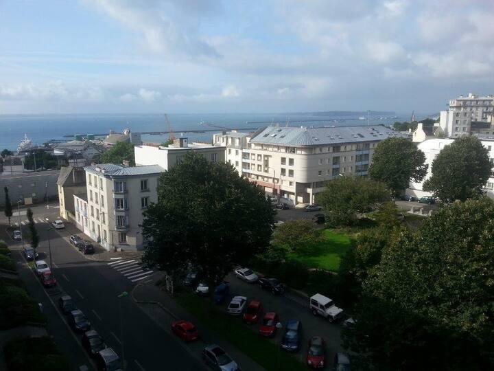 Appartement centre ville, vue panoramique sur mer