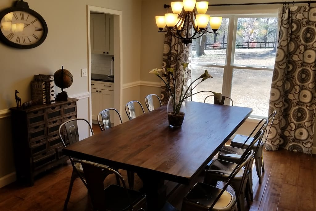 Dining Room Opens to Living Room