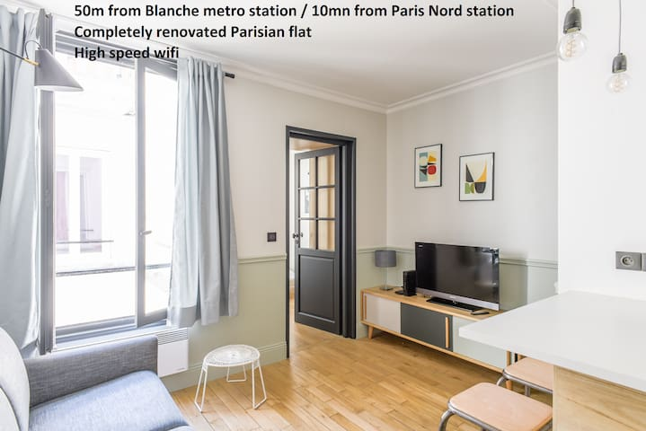 Montmartre + SoPi :charming flat in mobility lease