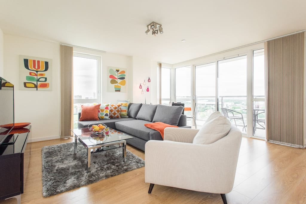 Great views canary wharf wildroses 43a apartamentos en alquiler en londres inglaterra - Alquilar apartamento en londres ...