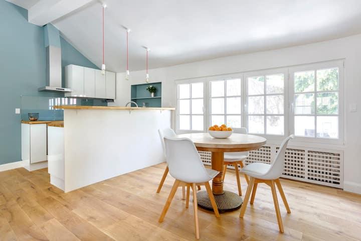 Luxury  house for 4, near Paris & Versailles