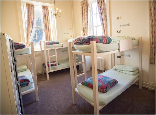 10 Bed Mixed Dorm Edinburgh Centre