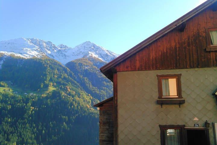 Basecamp Lodge nahe Ischgl mit Frühstück