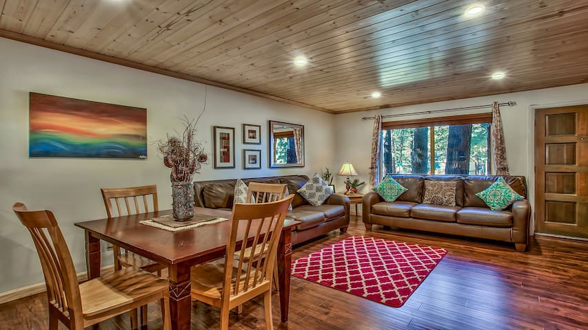 Lovely Centralized Next to Heavenly - South Lake Tahoe - Apto. en complejo residencial