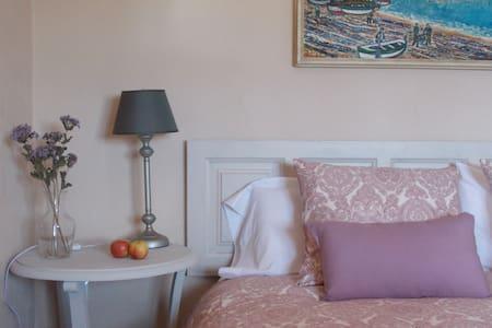 Habitación en Masia en el Empordà - Garrigàs - Boutique-Hotel