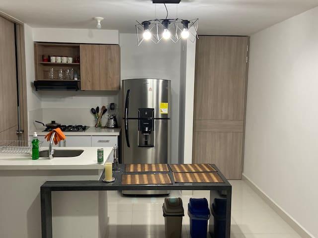 Apartamento NUEVO en Condominio - BBQ y Club House