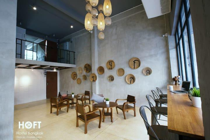 HOFT 5 mins fro BTS -Silom/Samyan/Siam/4bed 3 - Bangkok - Hostel