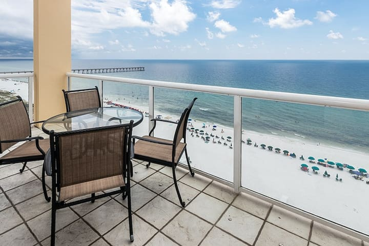 11th Floor Gulf Front Condo! Great Amenities & Private Beach Access! -  Apartments for Rent in Navarre Beach, Florida, United States
