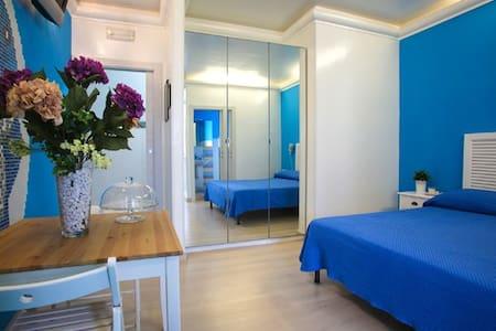 Monolocale B&B LA Perla Nera 101 - Margherita di Savoia - Bed & Breakfast