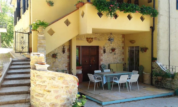 Apartment with 2 bedrooms in Coppe, with wonderful mountain view, furnished garden and WiFi