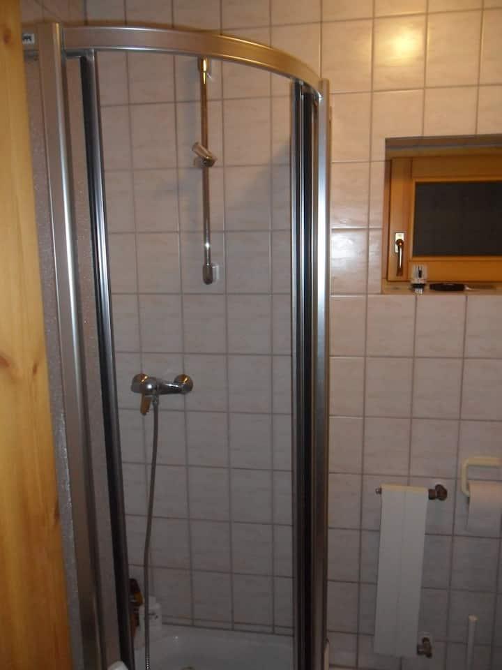 1 Zimmer Appartment in TBB ruhiger Waldrandlage