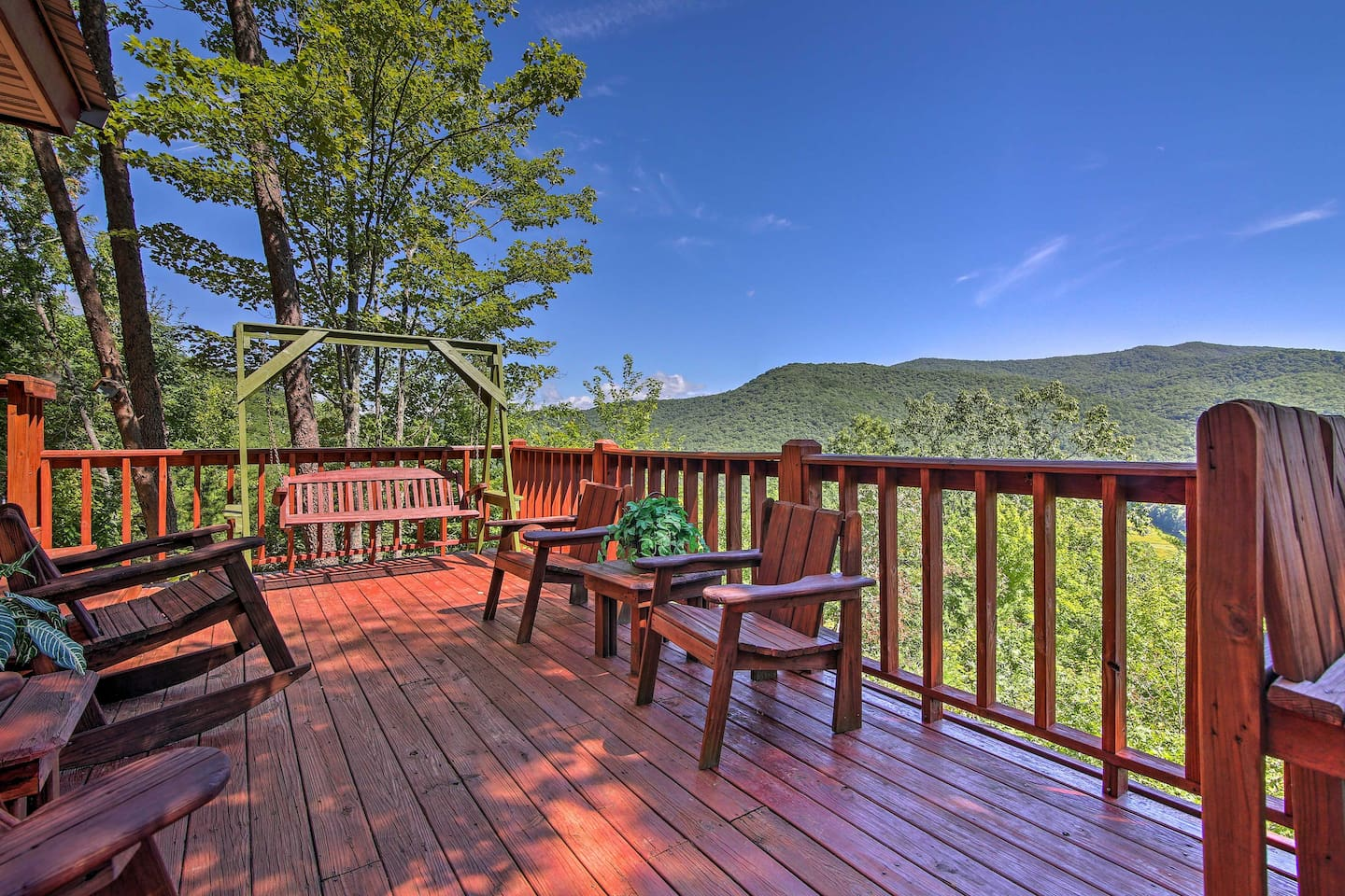 Escape to Georgia and stay at this vacation rental cabin in Blue Ridge!