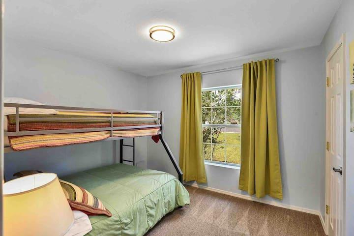 Bedroom #4 w/bunkbed