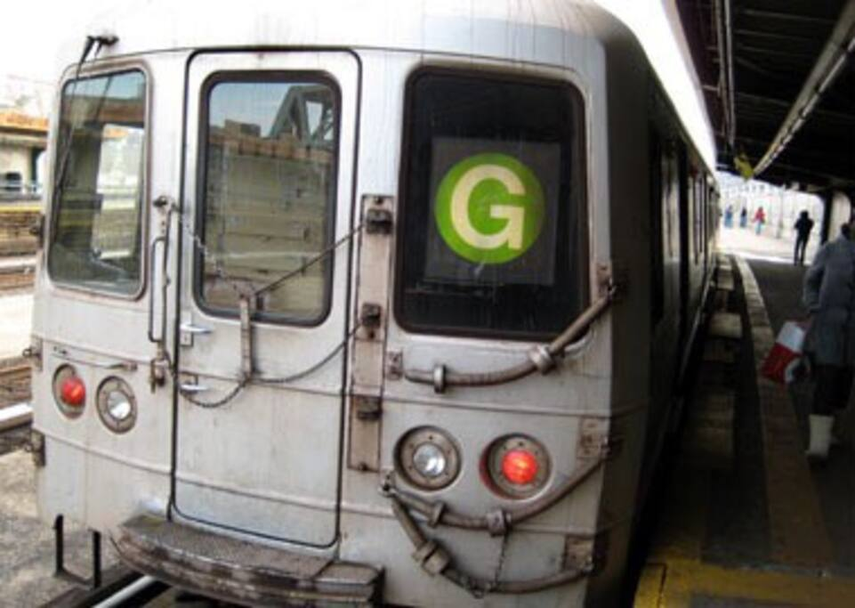 Nearby G train at Washington Ave and Dekalb Ave.