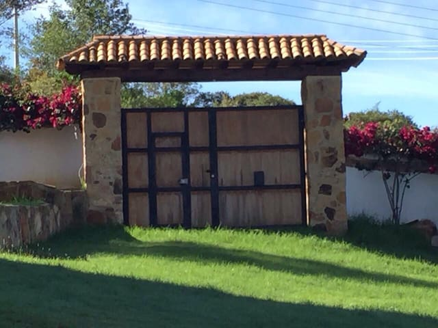 Puerta de Madera Suite 101