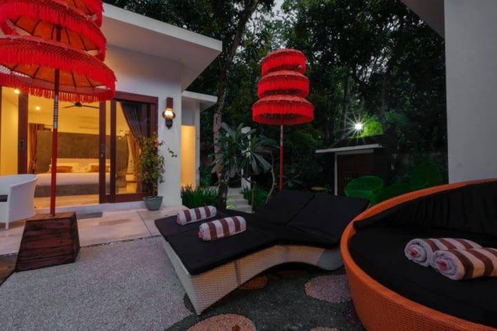 Villa Collard Deluxe Poolside