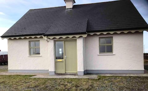 9 Leitirshask, Ballyconneely - Country Chic Living