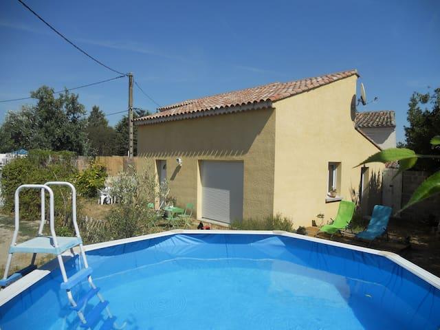 Maison agréable jardin/piscine près Anduze, Nimes.